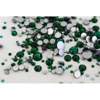 Набор страз микс размеров (500-600шт) от S3 -S16 стекло, высокое качество, изумрудные
