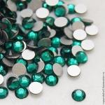 Стразы SS4/1, 5 мм стекло плоские(зеленые ) уп/50шт